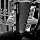 Comment apprendre l'accordéon chromatique.